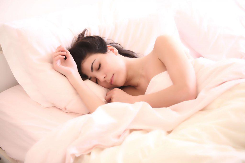 spánok vplyv na chudnutie